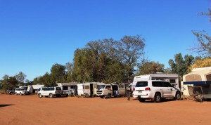 Vans at Windorah. Most are bound for Birdsville races.