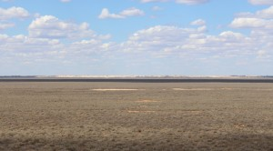 The dry lake bed at Mungo National Bank
