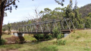 Kingwill Bridge over Crooked River west of Dargo.