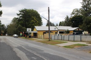 Café on the main road to Grafton