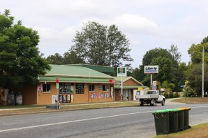 The town has facilities including a pub and fuel supplies.