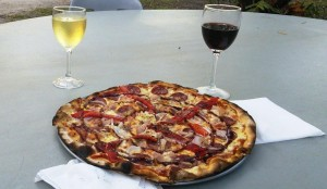 A Punsand Bay pizza
